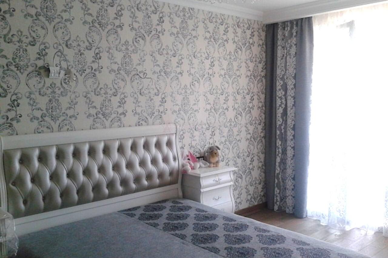 Классические шторы для спальни ЖК Акварели