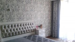 Класичні штори для спальні ЖК Акварелі