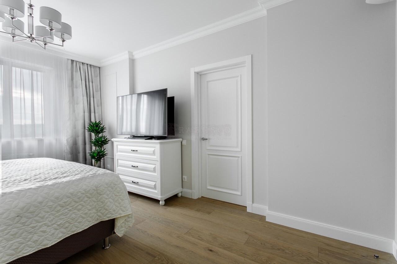 Классические шторы для спальни в ЖК Obolon Residence