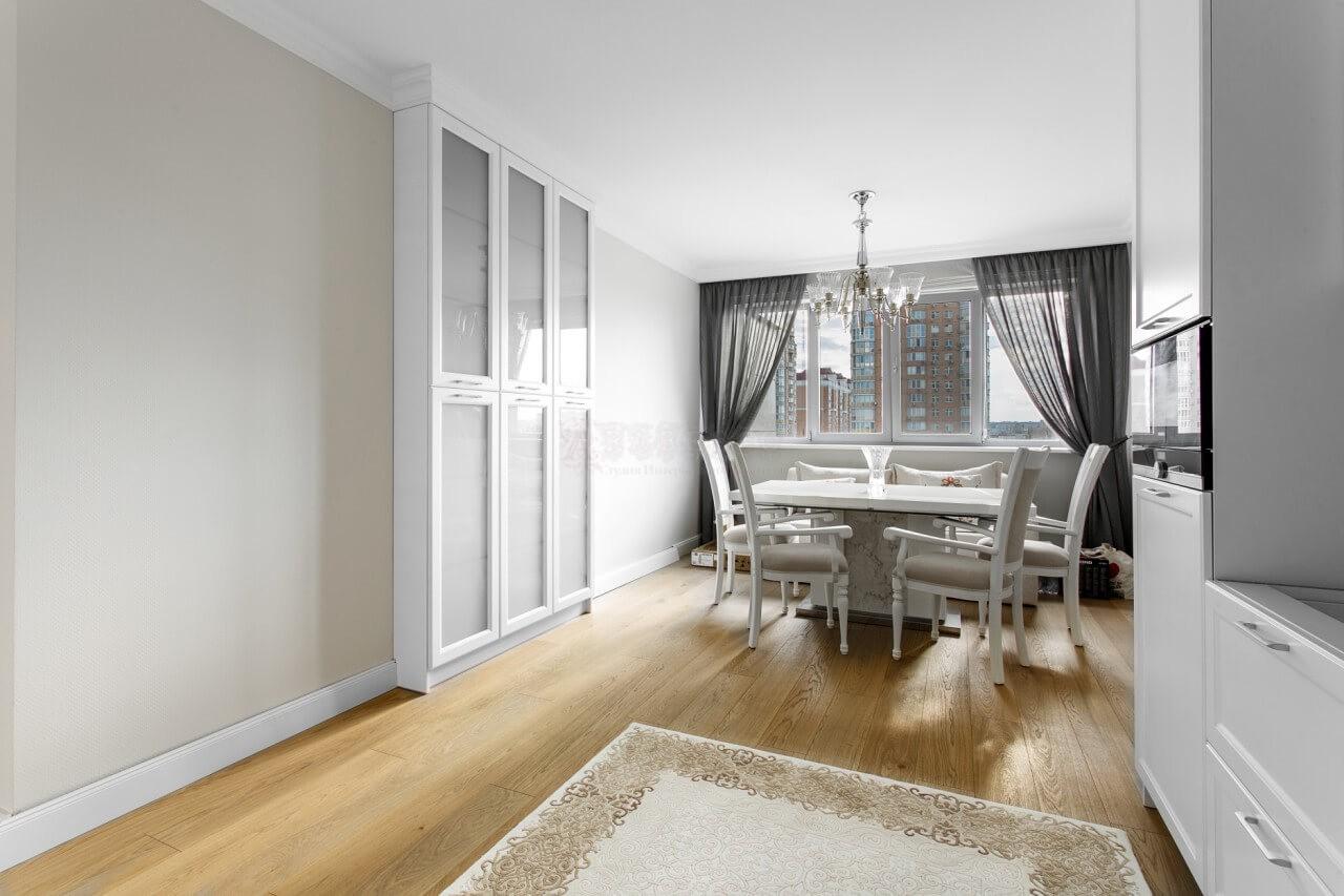 Классические шторы для кухни в ЖК Obolon Residence