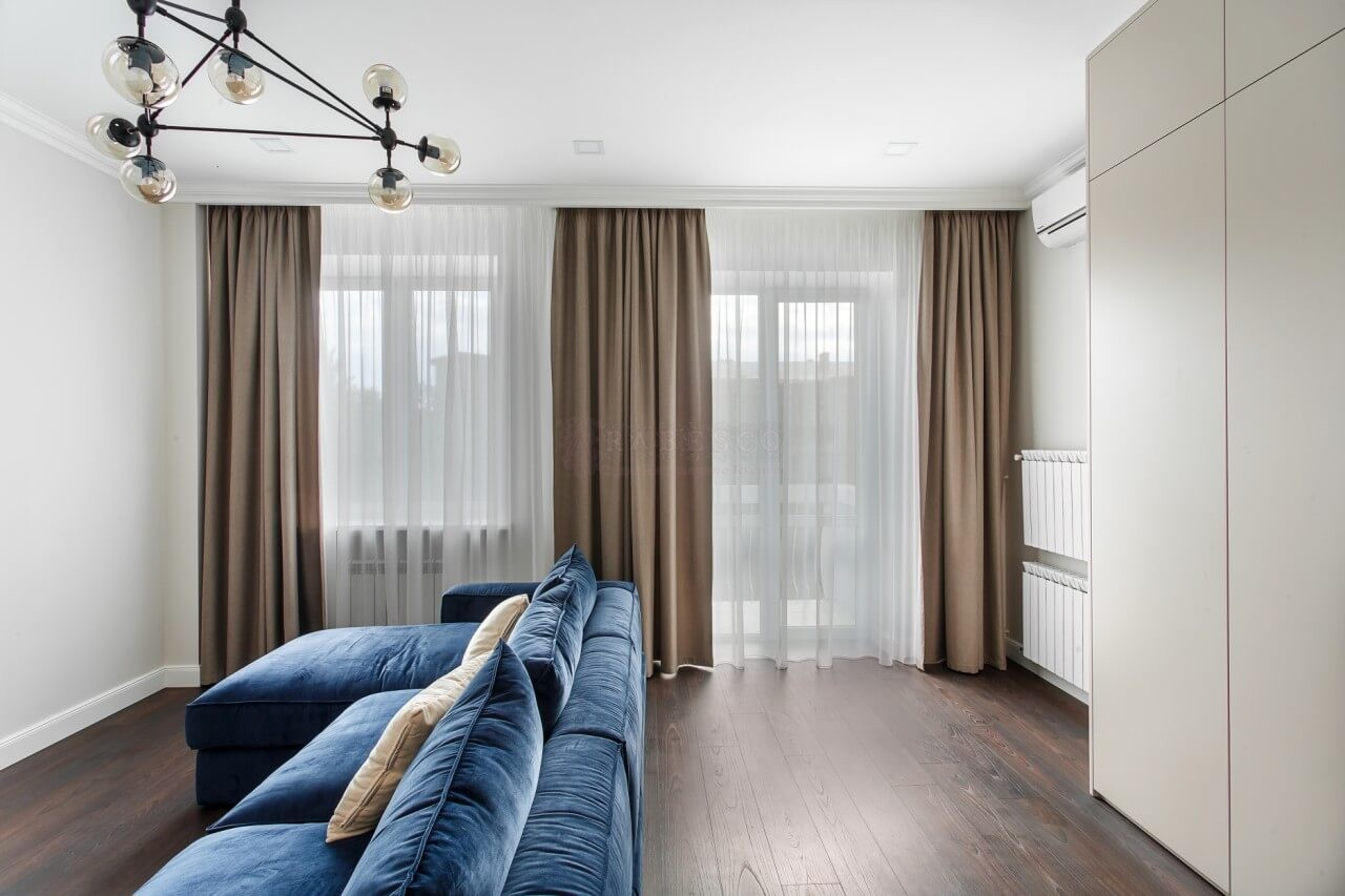 Классические шторы для гостиной на ул.Институтской