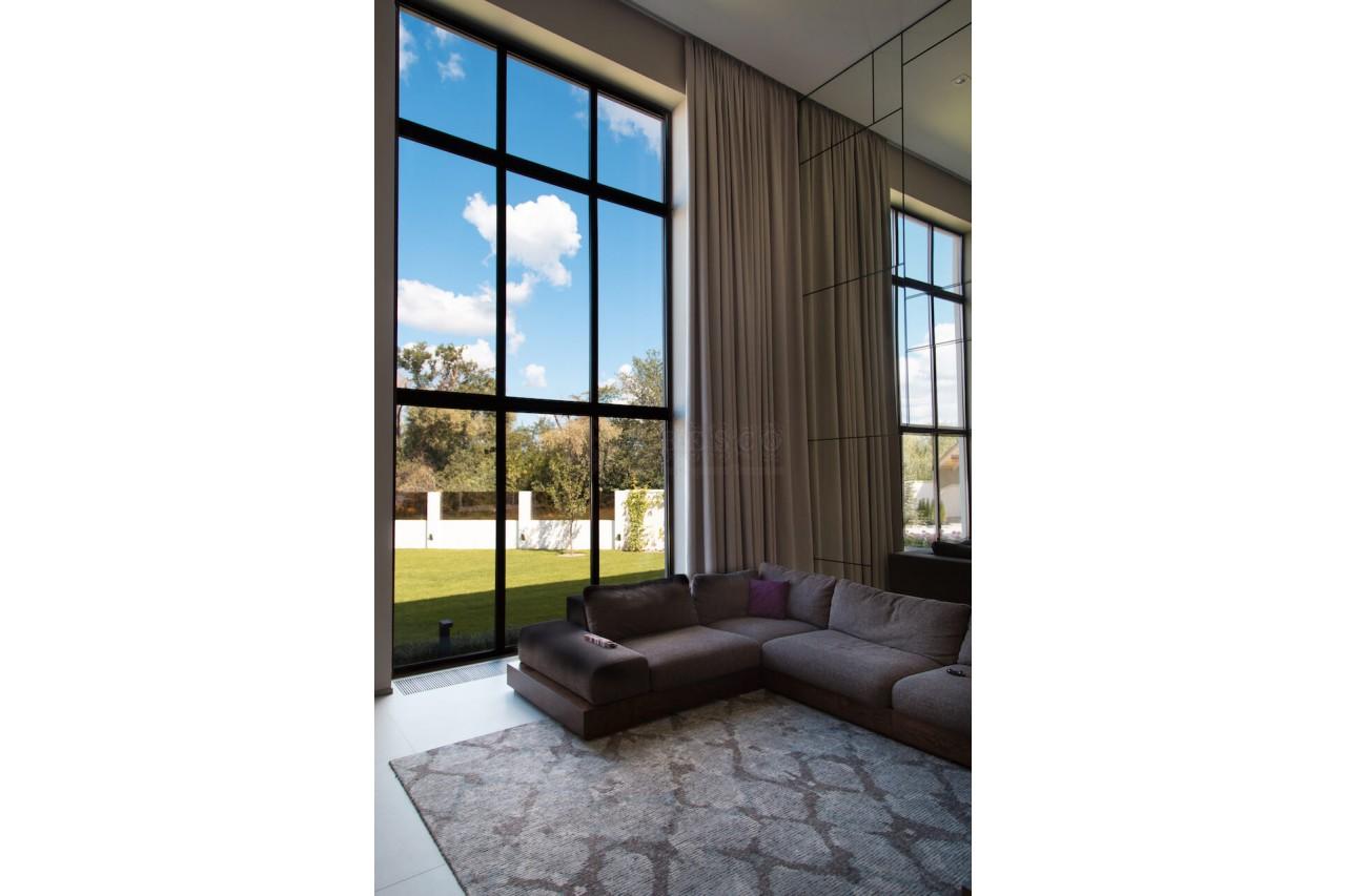 Классические шторы для гостиной пригород Киева (Броварской р-н)