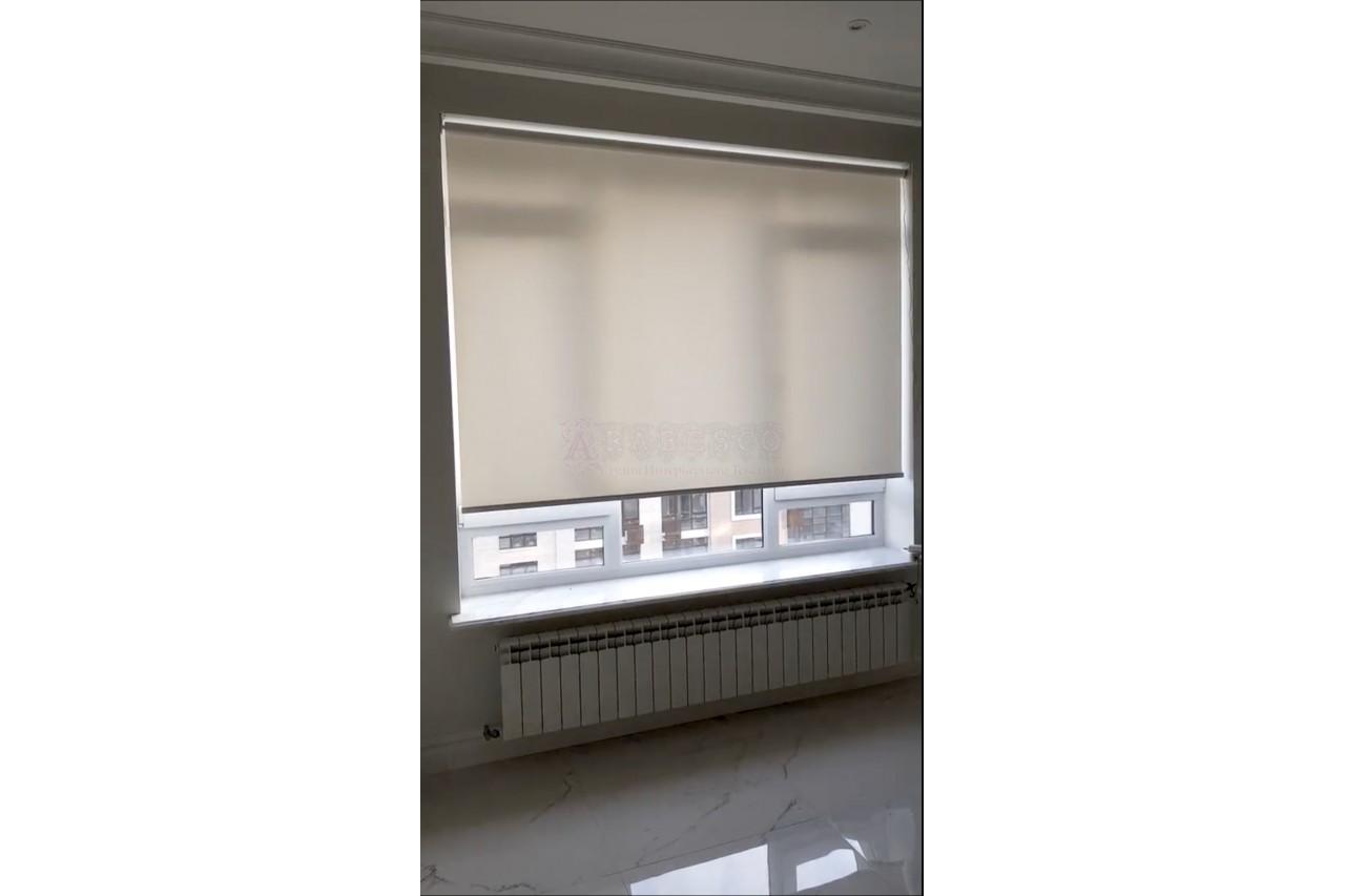 Рулонные шторы для гостиной ЖК Бульвар фонтанов